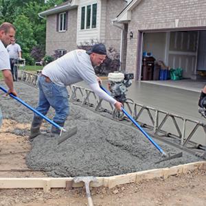 laying concrete driveway - DaycoGeneral.com