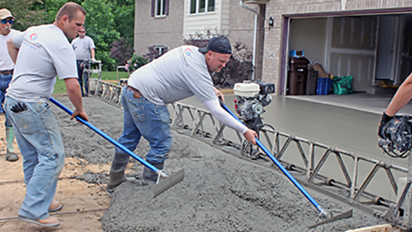 Pouring Driveway Loretto MN - DaycoGeneral.com - 612-930-2329